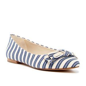NWOT Louise et Cie Aramina Bow Flat Striped Size 6